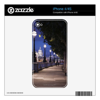 St. Paul's Cathedral iPhone 4S Decal
