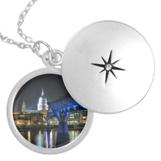 St Pauls Cathedral Silver Plated Necklace