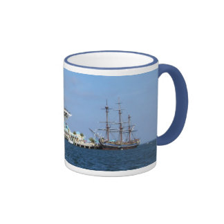St Petersburg Pier & HMS Bounty Ringer Mug