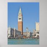 St. Plaza y torre - Venecia, Italia de las marcas  Posters