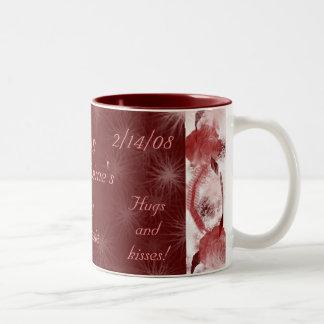 St. Valentines Day hugs & Kisses 2008 mug