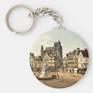 St. Vulfran and square of Admiral Courbet, Abbevil Key Chains