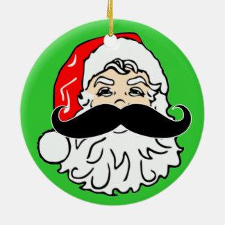 Staching a través del ornamento del bigote de adorno navideño redondo de cerámica