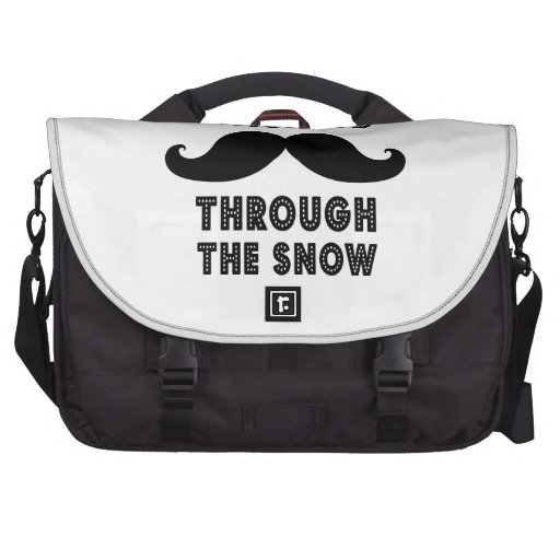 STACHING THROUGH THE SNOW | BLACK COMMUTER BAGS