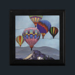 "Stained glass hot air balloons gift box<br><div class=""desc"">Stained glass hot air balloons</div>"