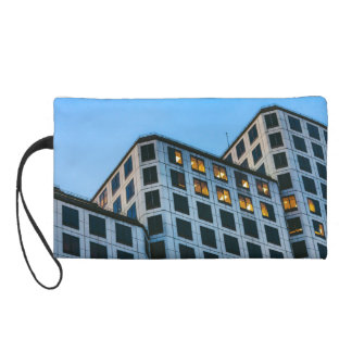 Stair-stepping Building Wristlet