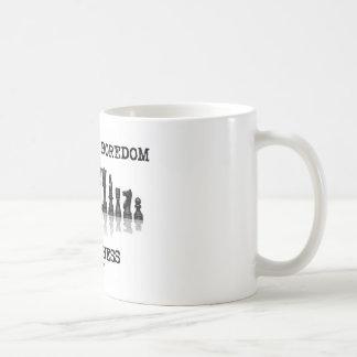 Stamp Out Boredom Play Chess (Chess Set) Coffee Mug