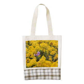 Stand Out in a Crowd Zazzle HEART Tote Bag