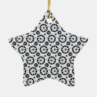 standard of white flowers ceramic ornament
