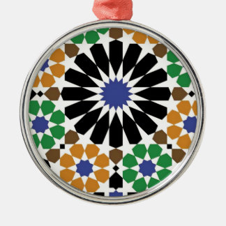 standard with form geometric metal ornament
