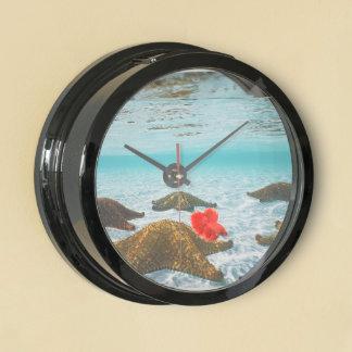 Star fish design Actual Fish bowl Clock Aquarium Clocks