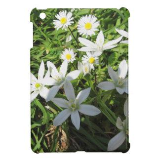 Star of Bethlehem flowers and daisies iPad Mini Cover
