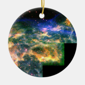 Star WR 136 Tears Apart a Shell of Gas Ornament