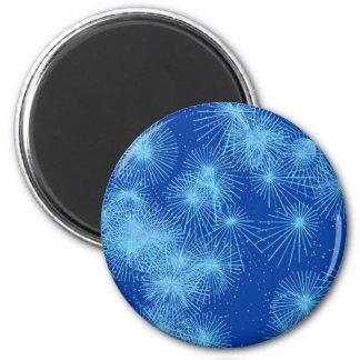 Starbursts del cristal de hielo, fondo azul imán de frigorifico