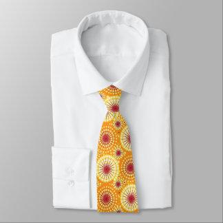 Starbursts y molinillos de viento, azafrán y pasa corbata personalizada