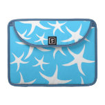 Starfish Pattern, Bright Turquoise Blue and White. MacBook Pro Sleeve