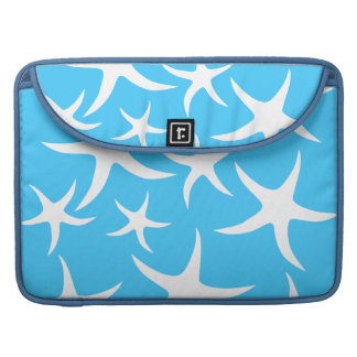 Starfish Pattern, Bright Turquoise Blue and White. MacBook Pro Sleeves