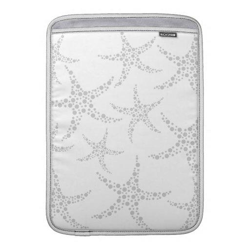 Starfish Pattern in Light Gray and White MacBook Sleeve