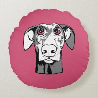 Staring dog round pillow