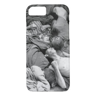 Starved bodies of prisoners who_War image iPhone 7 Case