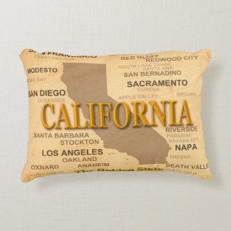 State of California Map, Los Angeles, Sacramento Decorative Pillow