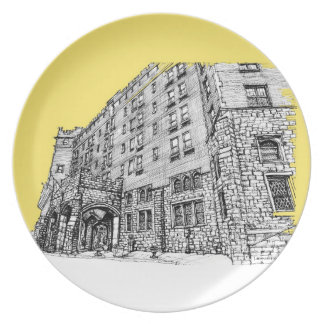Stately buiding in yellow dinner plate