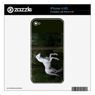 Stately White Unicorn Skins For iPhone 4S