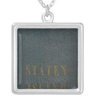 Staten Island Collar Plateado