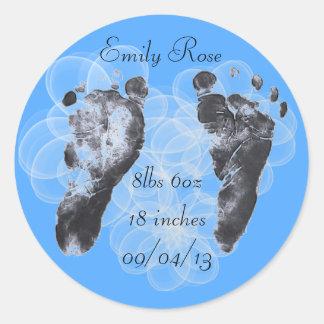 Stats del nacimiento de las huellas del bebé pegatinas redondas