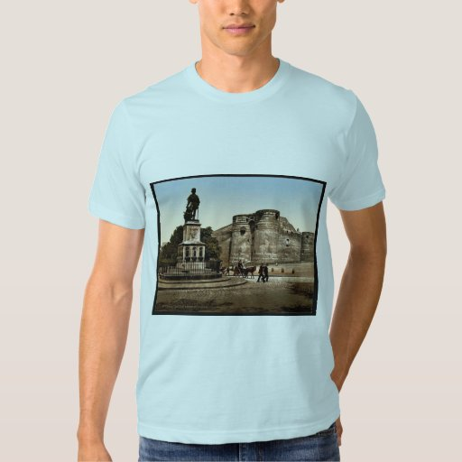 Statue and castle of King Rene, Angers, France cla Tshirts