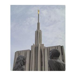 Statue couple outside Seattle temple Metal Print