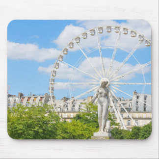 Statue depicting woman in Paris Mouse Pad