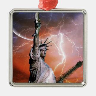 Statue of Liberty 12 Metal Ornament