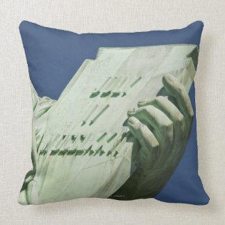 Statue of Liberty 2 Throw Pillow