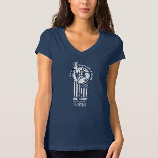 Statue of Liberty holding a Kettlebell Shirt