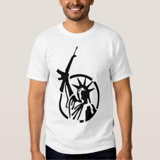 Statue of Liberty holding an AR-15 up high! T Shirt