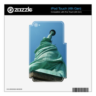 Statue of Liberty looking upwards Skin For iPod Touch 4G
