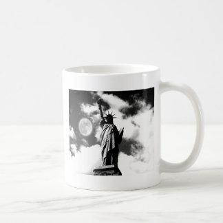 Statue of Liberty New York City Coffee Mugs