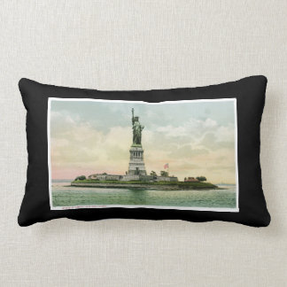 Statue of Liberty, New York. Vintage. Lumbar Pillow