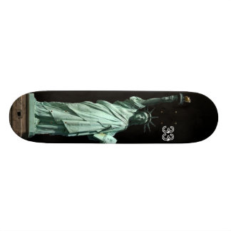 statue of liberty skateboard