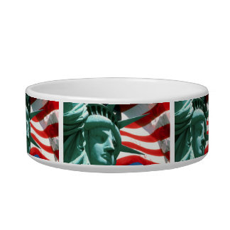 STATUE OF LIBERTY WITH AMERICAN FLAG BOWL