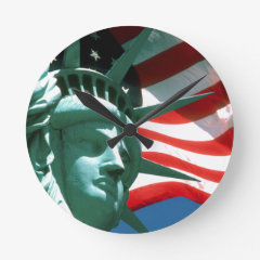 STATUE OF LIBERTY WITH AMERICAN FLAG WALL CLOCK