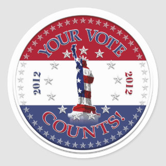 Statue of Liberty YOUR VOTE COUNTS! round Classic Round Sticker