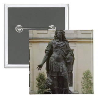 Statue of Louis XIV Button