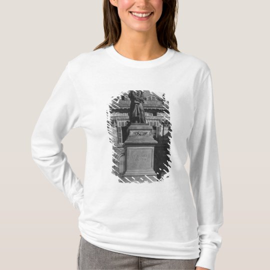 Statue of Voltaire T-Shirt