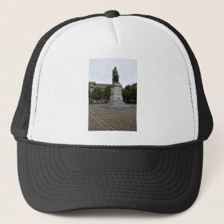Statue of William of Orange Trucker Hat