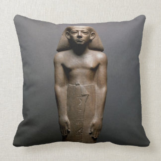 Statuette of Amenemhatankh worker at Crocodilopol Throw Pillow