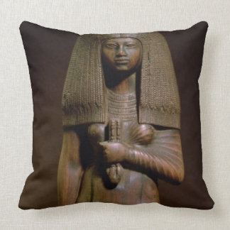 Statuette of the Tuya head of the harem of Min N Throw Pillows