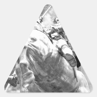 Staute del jinete en caballo pegatina triangular