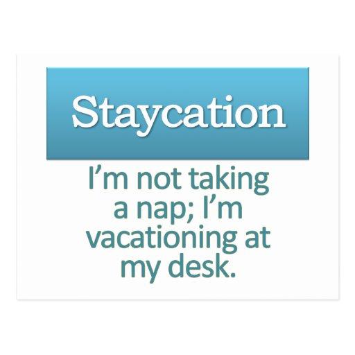 Staycation Tarjeta Postal